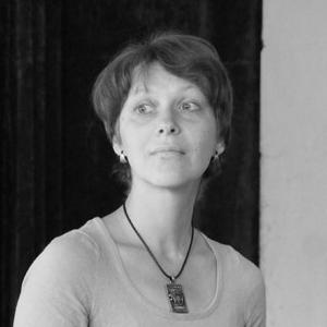 Нина Алмазова