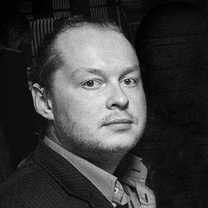 Александр Стогниенко