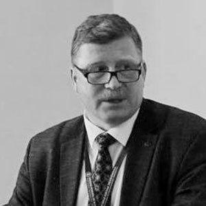 Олег Ауров