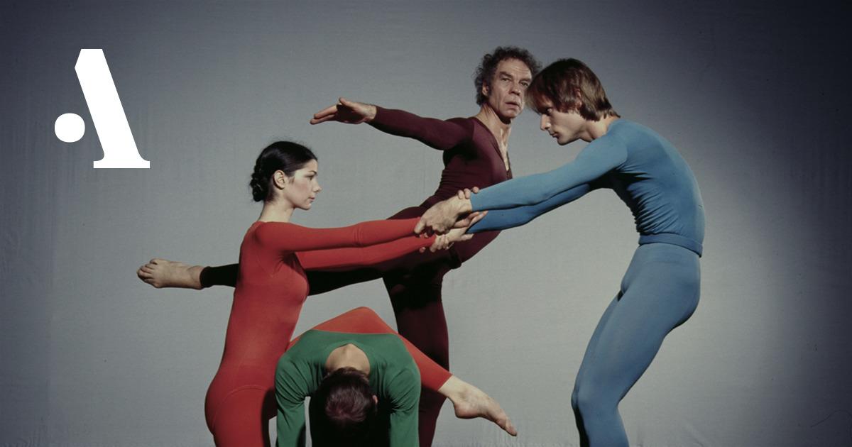 pripodnyatie-yubki-pri-tantse-foto