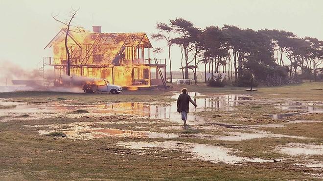 Кадр из фильма «Жертвоприношение». Режиссер Андрей Тарковский. 1986 год
