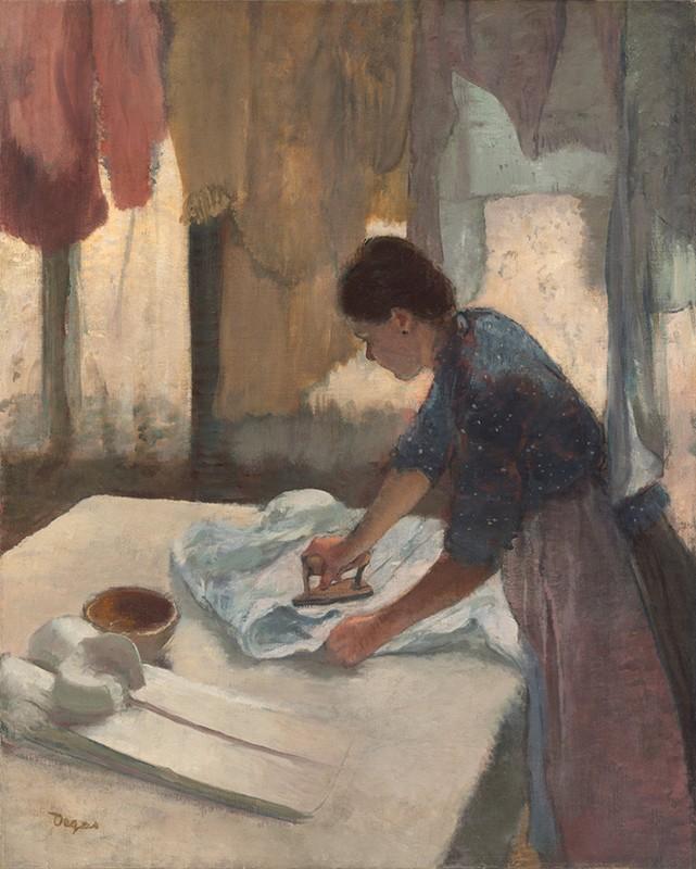 Домохозяйка искушает супруга пикантными местами