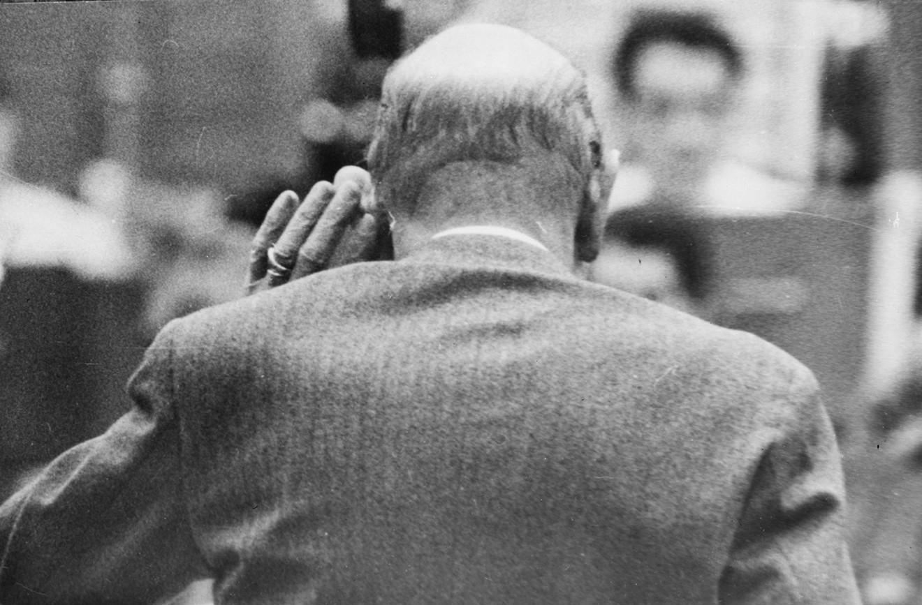 Игорь Стравинский слушает, как симфонический оркестр BBC исполняет его произведение. 1961 год / © Getty Images